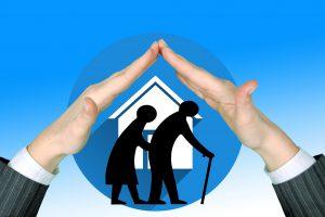 Come prendersi cura di un anziano non autosufficiente (1)